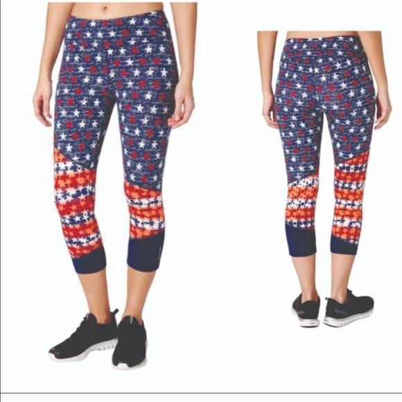 NWT REEBOK Womens Small Americana Printed Stars Capri Leggings $35